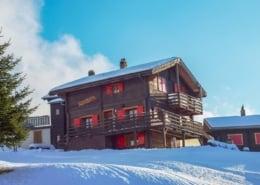 Chalet Alphütte im Winter