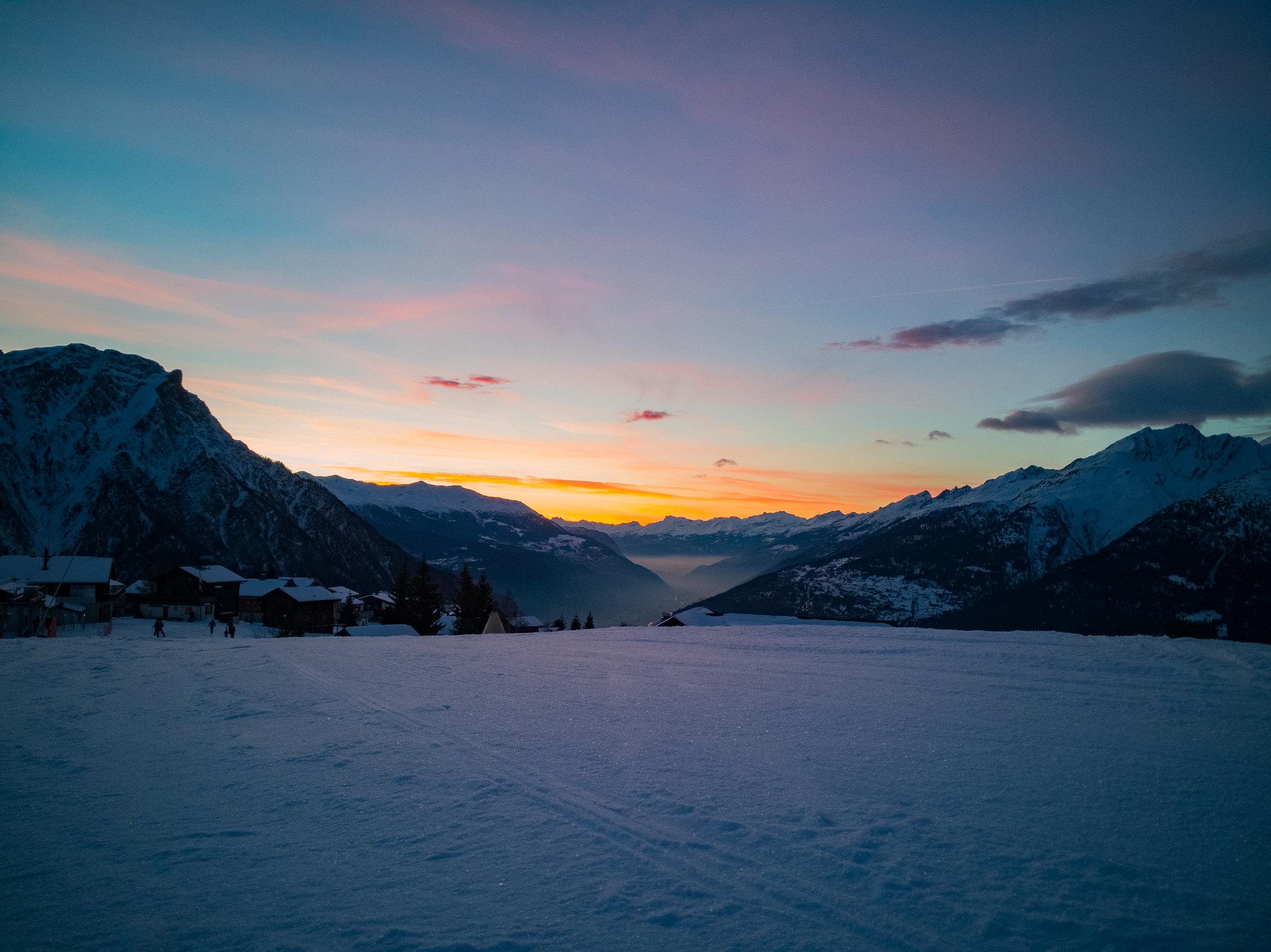 Sonnenuntergang auf Rosswald im Winter