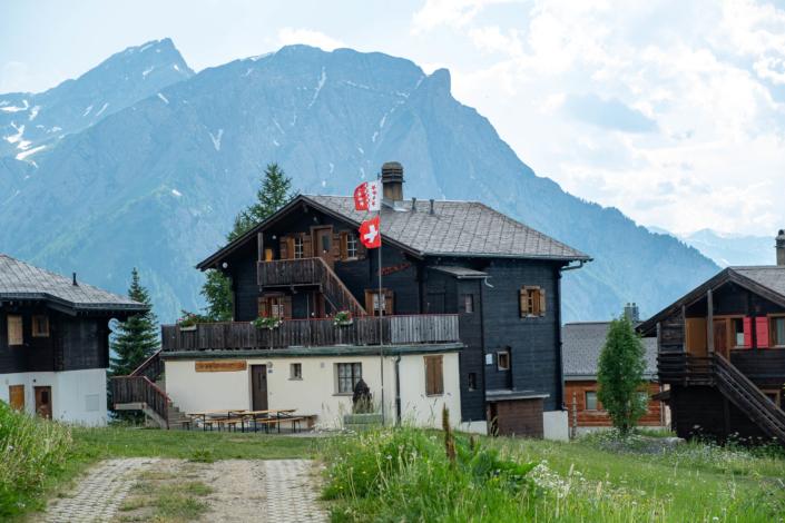 Gruppenhaus Walliser Alpstyle Rosswald
