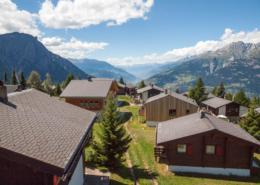 Skiheim Gruppenhaus Walliser Alpstyle Rosswald